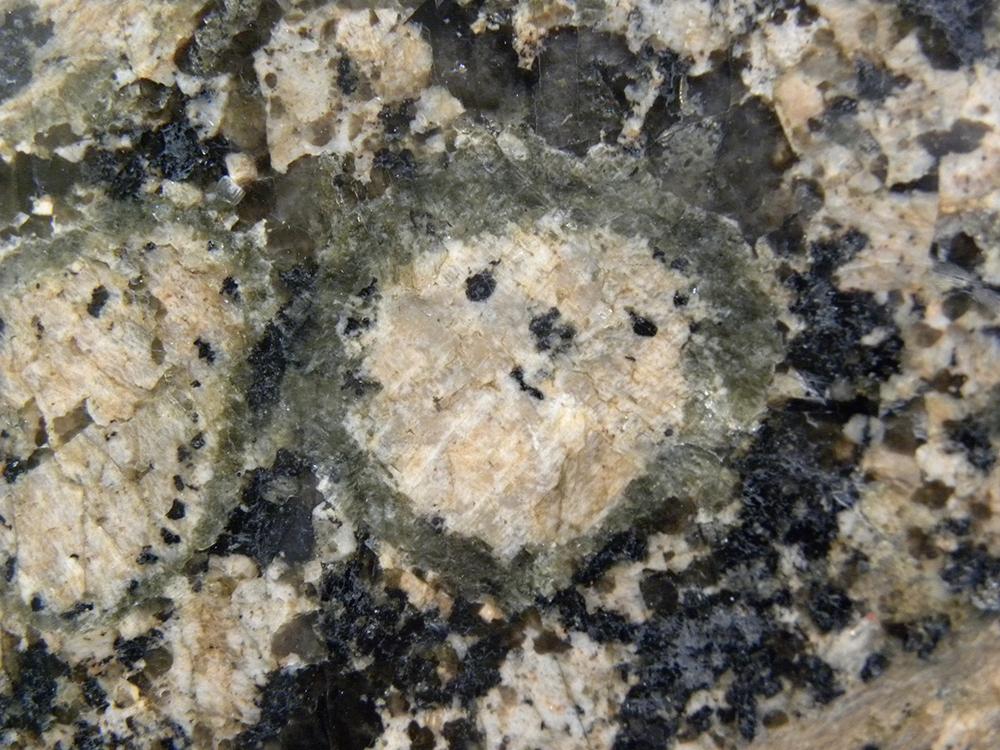 Geolog a las rocas en la ciudad zaragoza ansar for Roca marmol caracteristicas