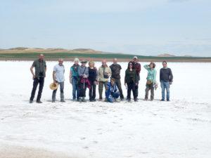 El grupo posando sobre la sal