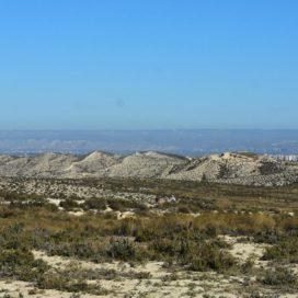 Recurso contra una central eólica en los Montes de Torrero de Zaragoza